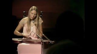 'California' (LIVE) - Joni Mitchell (BBC In Concert, 1970) - Joni playing dulcimer.