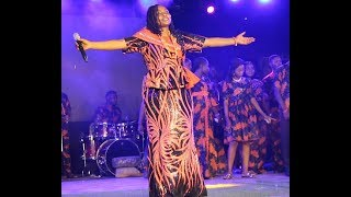 Checkout how Baba Sala39s daughter Brilliant Performance at her father mega tribute concert