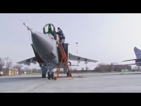 Clear sound of russian Mig-31 and Mig-29 fighters