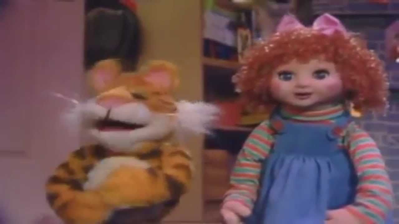 The Blockbuster Chick\'s Xmas Special Day 3 The Christmas Toy - YouTube