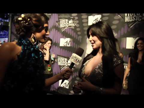 Kim Kardashian On the carpet at the Video Music Awards