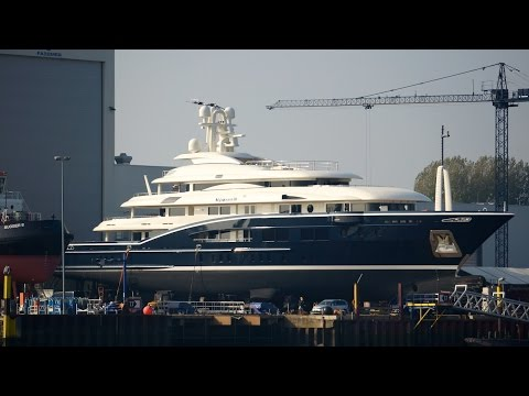 High Power III and Pelorus Yacht at shipyard