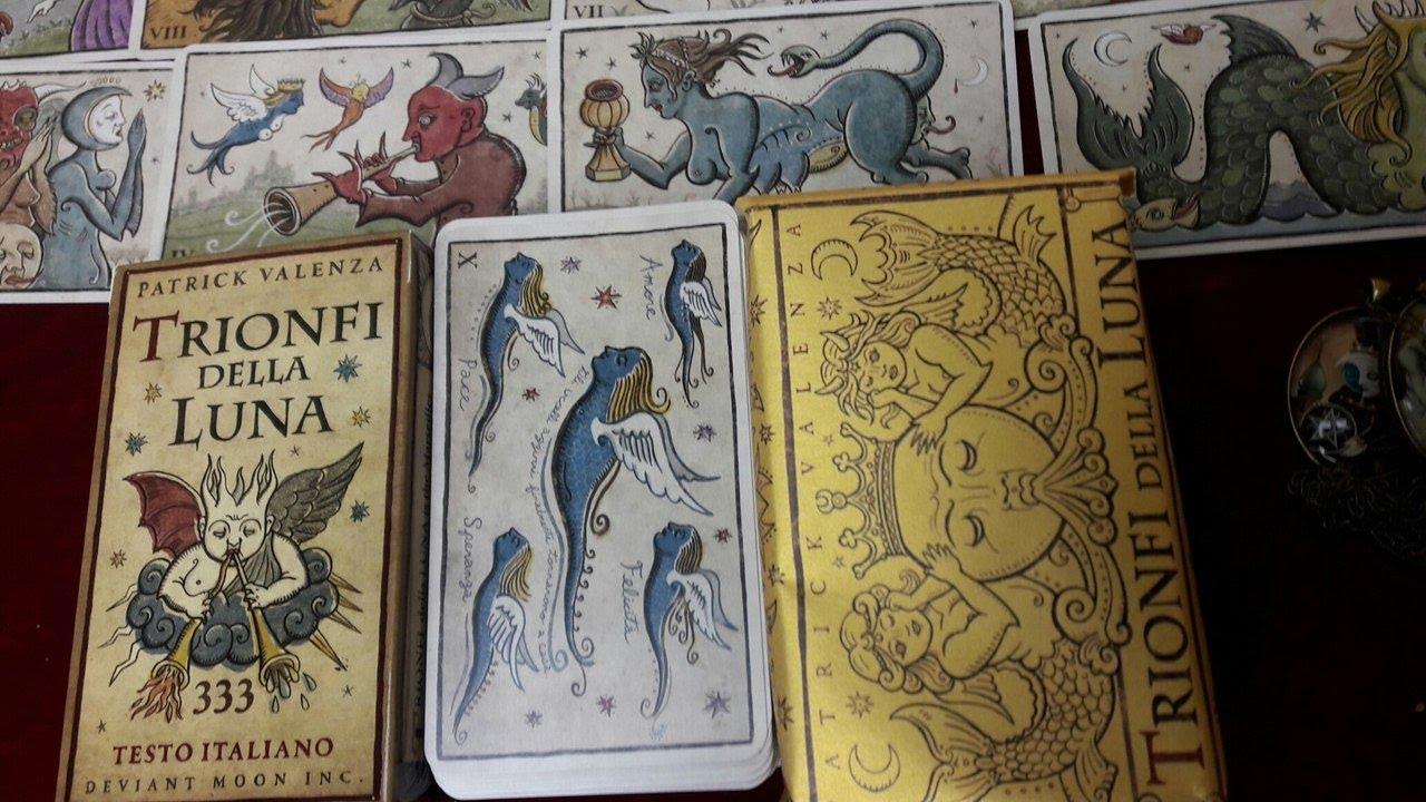 Карты bicycle cardistry черное и белое de'vo vom schattenreich and handlordz. 999 руб. + шт. Купить в 1 клик. В корзину. The 52 to 1 deck wayne fox.