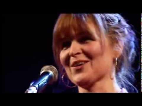 Mairi Campbell - Auld Lang Syne @Scots Trad Music Awards
