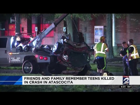 Friends and family remember teens killed in crash in Atascocita