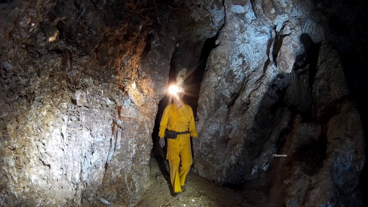 Cueva Alí Babá el Alquián Almería - España. - YouTube