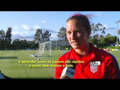 Americanas assistem ao treino da Seleção Brasileira