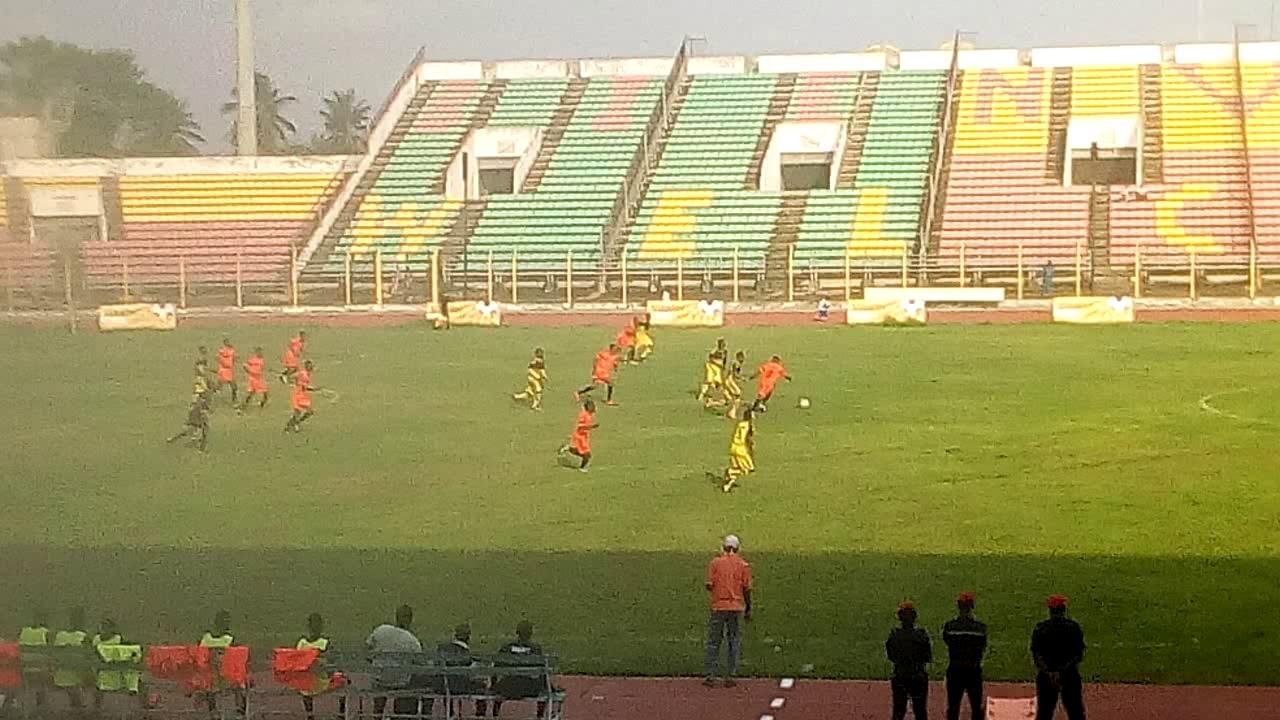 Vitalor ligue 1: Match Dragons FC - Béké FC.  Trinité Singbo