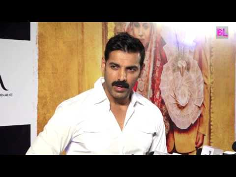 John Abraham | Red Carpet | Premiere of Film Toilet Ek Prem Katha