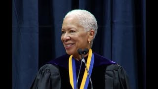 Angela Glover Blackwell receives UC Berkeley Haas Public Service Award