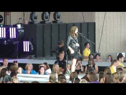 Demi Lovato Catch Me + Dont Forget  Indianapolis 080810