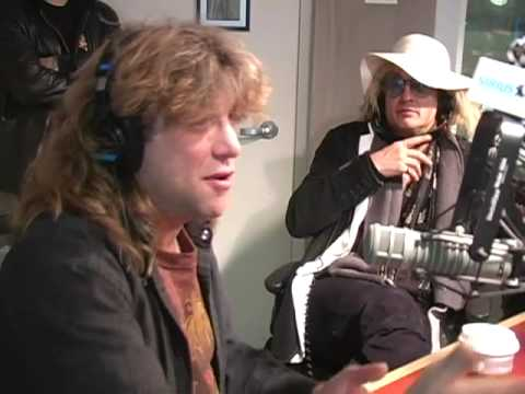 Steven Adler Describes Surviving Drugs // SiriusXM // OutQ