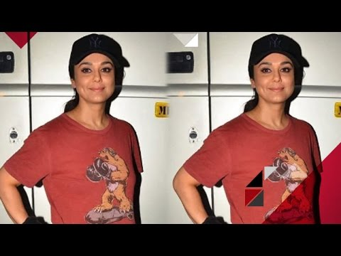 Why Did Preity Zinta Delete All Her Pictures From The Camera? | Bollywood News thumbnail