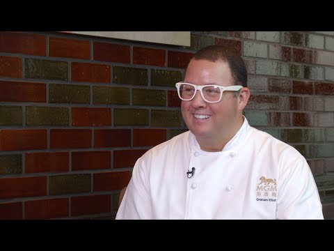 TDM Talk Show – Graham Elliot, Celebrity Chef
