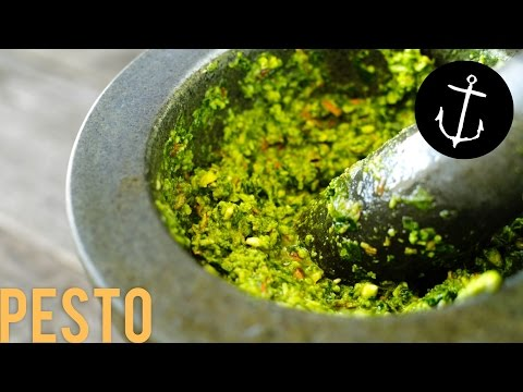 How to make Pesto in 5 minutes