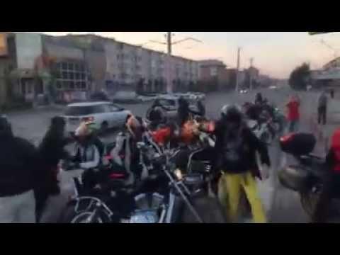 Разборка между байкерами и автомобилистами