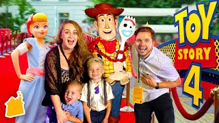 TOY STORY 4 IN REAL LIFE WORLD PREMIERE!