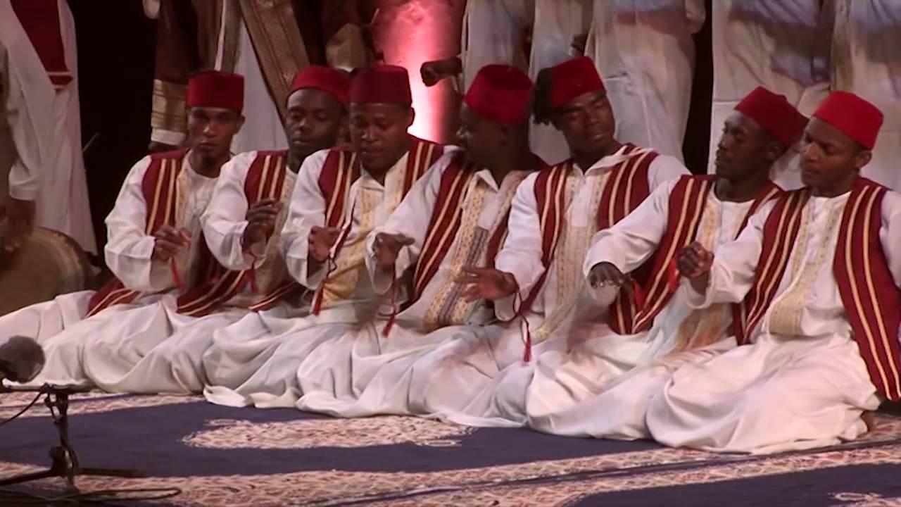 Mtendeni Maulid Ensemble - A Sufi Ritual from Zanzibar - On Stage in Fès  2010 part 1 - YouTube