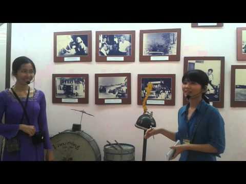 Interpreting in Can Tho Museum - Y Nhi