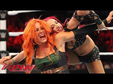Becky Lynch vs. Sasha Banks: Raw, November 23, 2015