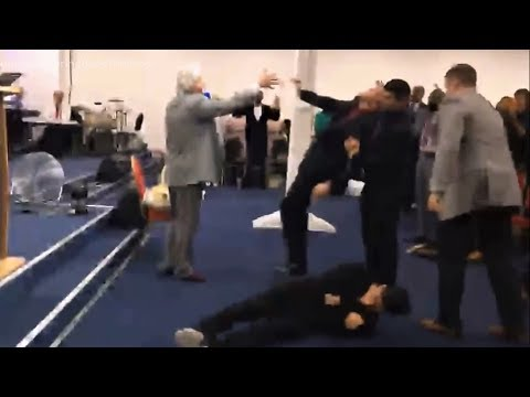 Benny Hinn - God's Power Falling in Paris