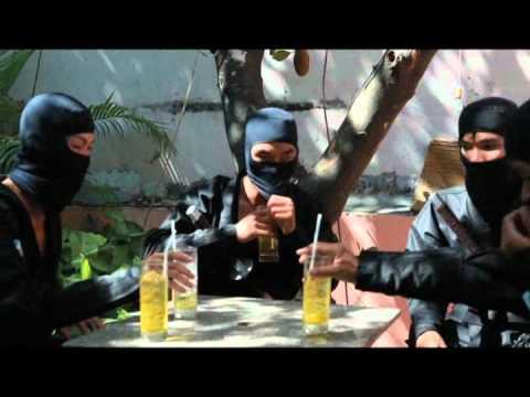 Ninja nhau o Sai Gon, hu nguoi di duong!