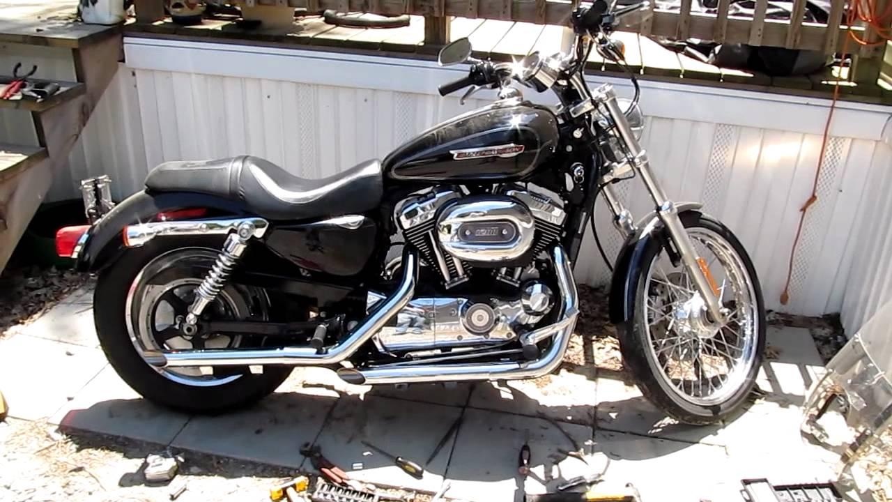 Harley Davidson: 2009 Harley Davidson Sportster XL1200C With Slip On Drag
