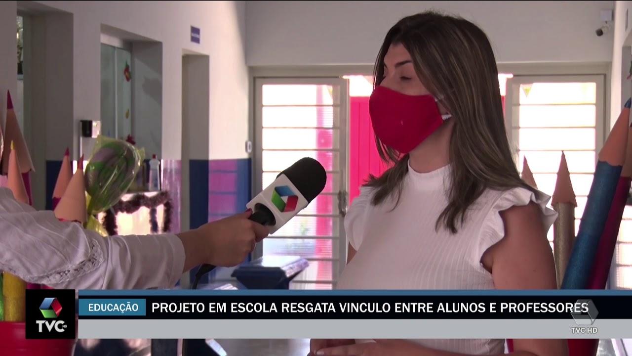 Projeto em escola resgata vinculo entre alunos e professores