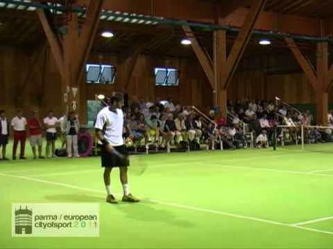 i più strani/belli/particolari campi da tennis dove avete giocato  - Pagina 2 Hqdefault