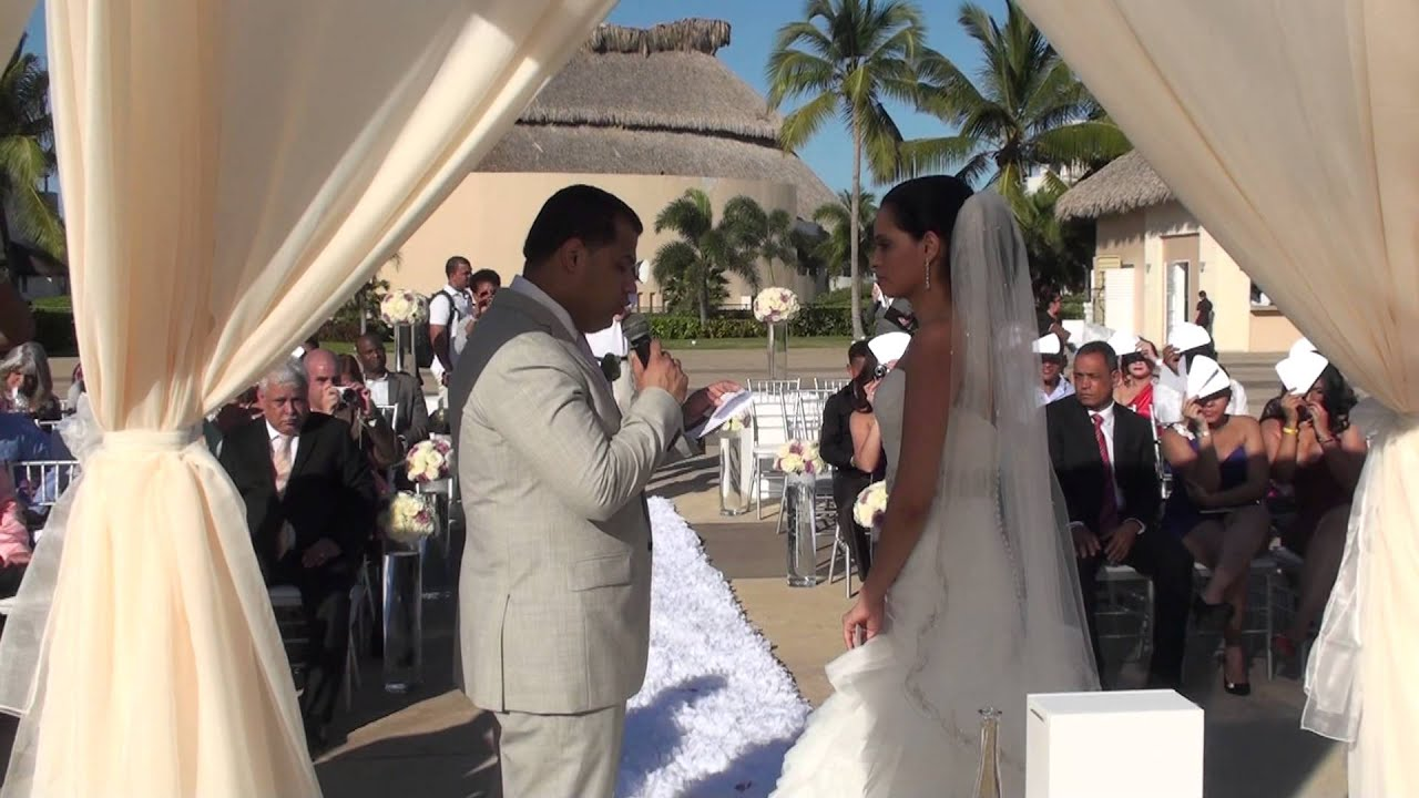 Matrimonio Simbolico Punta Cana : Boda de darlyn y liselotte en hard rock hotel punta cana