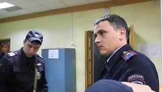Депутат Николай Бондаренко в отделе полиции Фрунзенского района Саратова