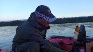 установка эхолота-структурсканера с боковым обзором на ПВХ лодку  FishingSib видео