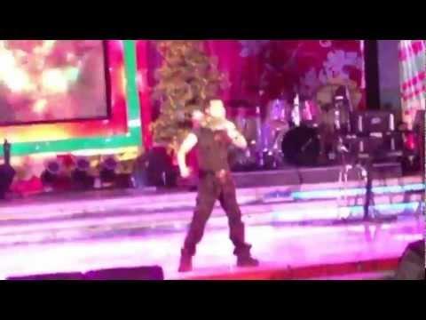 Ngọc Sơn hát tại sân khấu 126 - Anh number one