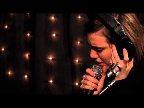 Lykke Li - Never Gonna Love Again (Live on KEXP)