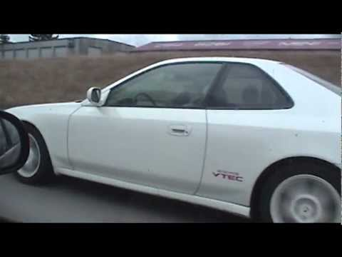 Honda Type-R Prelude Type-SH versus Honda Civic Si Freeway race h22 vs B16