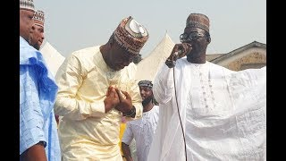 Femi Adebayo Calls Out Pasuma To Help Him Sing As He Dance At Liz Anjorins Coronation Party