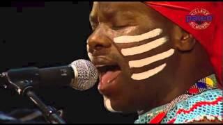 Dizu Plaatjies & Ibuyambo Live at Paleo Nyon 2010