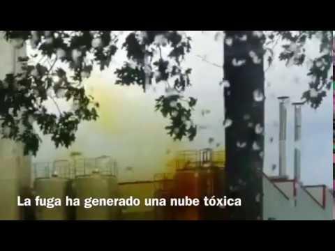 Una nube tóxica paraliza O Ceao tras una fuga de ácido