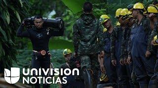 Niños atrapados en cueva de Tailandia deben bucear y caminar por túnel de más de 2 millas para salir