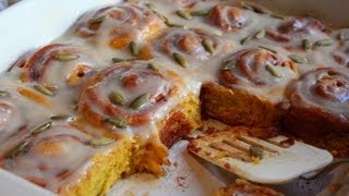 Pumpkin Cinnamon Rolls: Halloween Sweet Treats