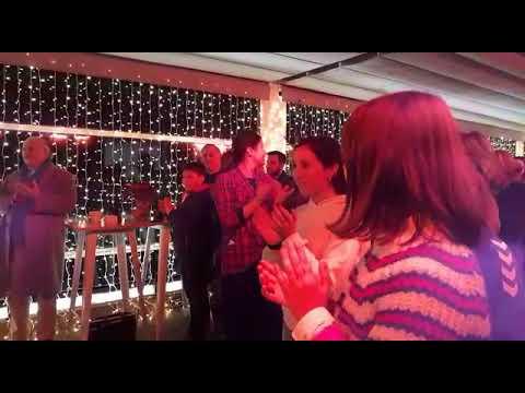 La terraza del Méndez Núñez estrena su alumbrado navideño