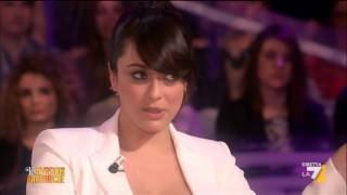 Repeat youtube video L'intervista a Valentina Lodovini
