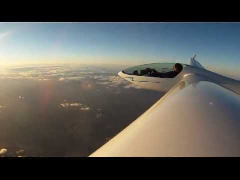 DG-300 Glider Soaring to 19,000' in Evening Wave