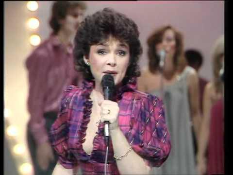 Dana - I Feel Love Comin' On ( Roger Whittaker show 1982)