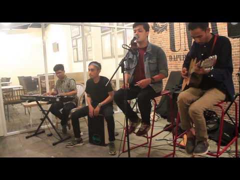 Alvin Wardhana - Rain (Acoustic Version) Cover The Script