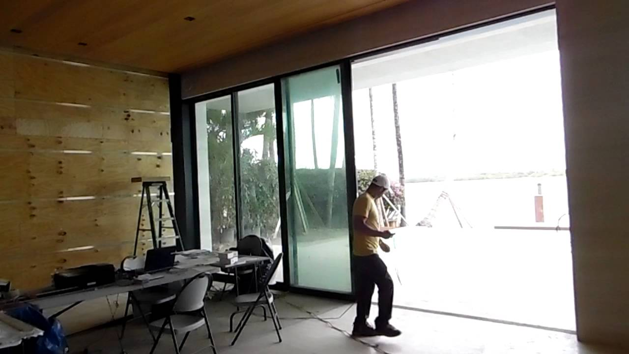 Fleetwood automated pocket sliding door youtube planetlyrics Choice Image