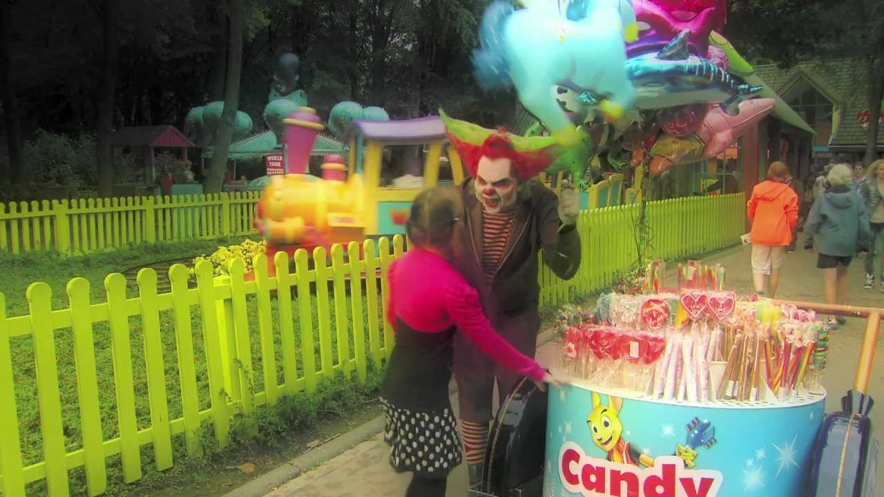 Halloween Fright Nights Recensie.Halloween Fright Nights Is Eddie De Clown Doorgedraaid