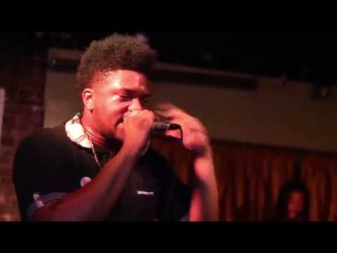 #TheFreestyleExperiment: Naj Murph Kicks A 5 Minute Freestyle