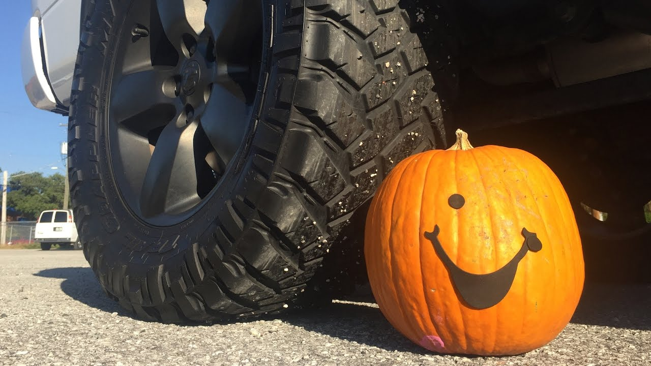 BURNOUTS vs. PUMPKINS!