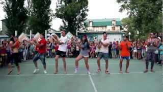 Анапа - Премьера - Вожатые зажигают(Июнь 2012 года (1-я смена). Лагерь
